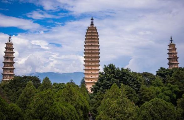 云南旅游必去的景點
