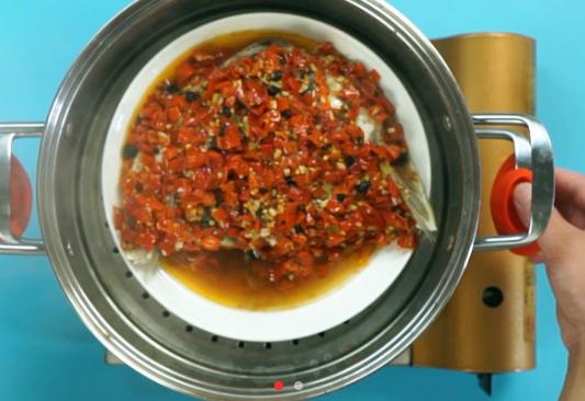 剁椒魚頭的做法