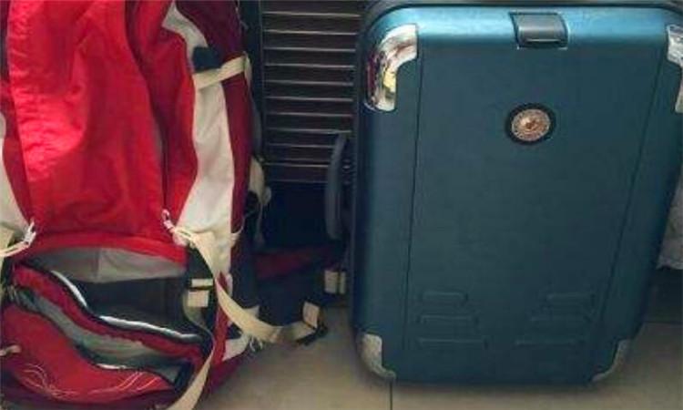 飛機背包限重量多少