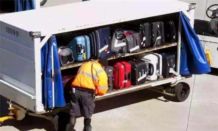 飞机背包限重量多少