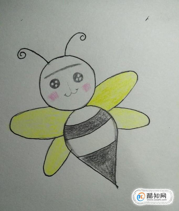 到此,我们的小蜜蜂就画好了,是不是很可爱呢?让你的宝宝也来试试吧.