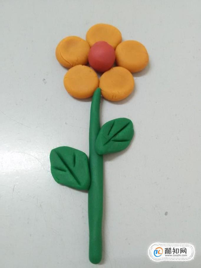 教师节时,教孩子用橡皮泥做一个花朵,简单又好看,下面就来做手工花朵.