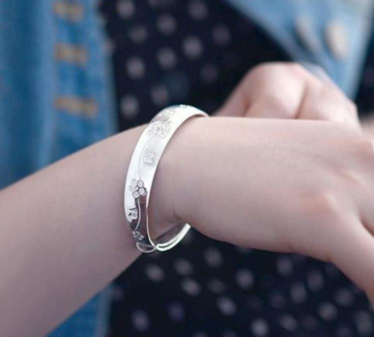 宝宝戴银手镯的好处_经常戴银手镯有啥好处?_酷知经验网