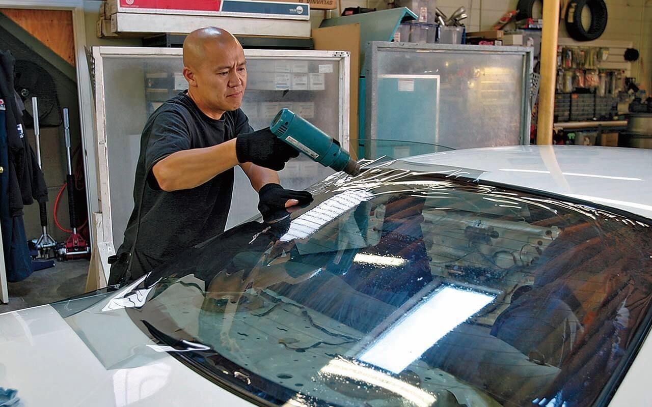 汽车贴膜后多久能开窗