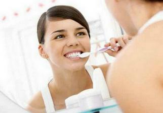 如何解决刷牙经常出血的问题