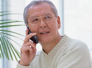 怎樣給老人挑選的手機