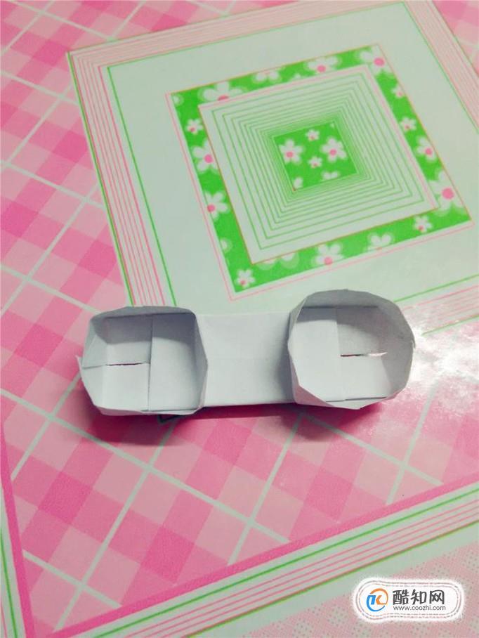 幼儿手工小制作:电话的手工折法!