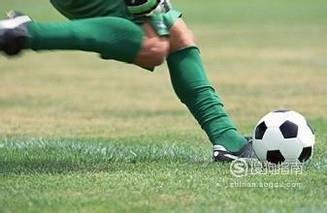 怎么踢足球,踢足球的规则