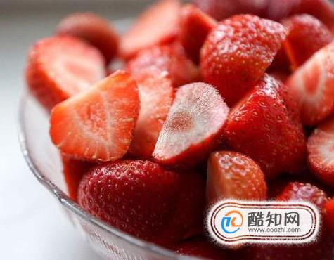 草莓牛奶布丁的简单做法