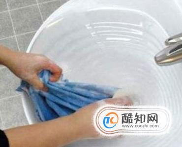 手洗衣服干净省时省力的窍门