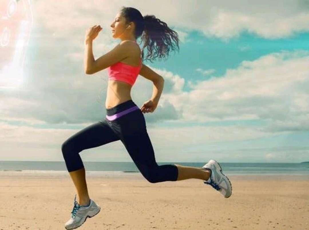 每天晚上跑步一小时能减肥吗?
