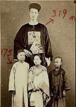 历史上最高的人是谁?有多高?