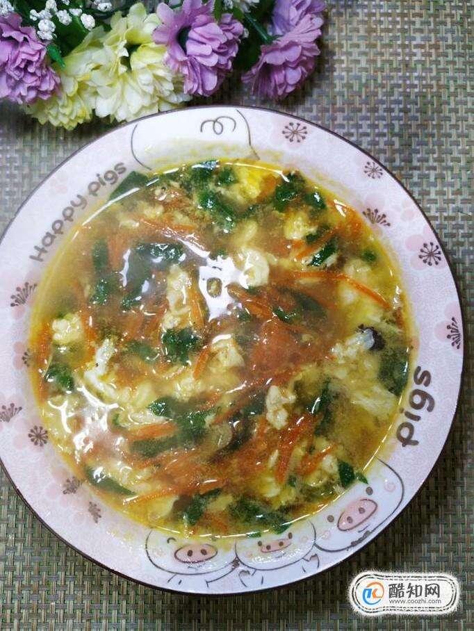 怎样做美味的胡萝卜鸡蛋青菜汤?