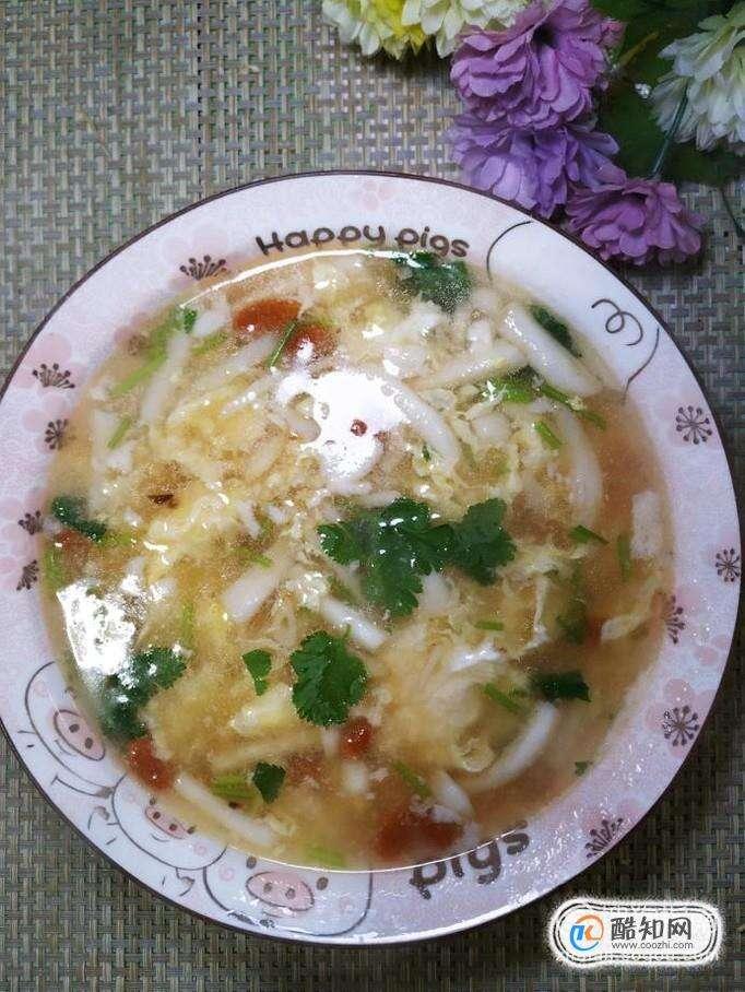 怎样做美味的白玉菇枸杞鸡蛋汤?
