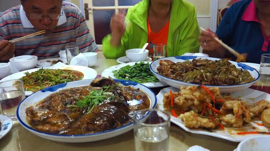 东北人过年吃什么菜?过年必不可少的食物是那几道?