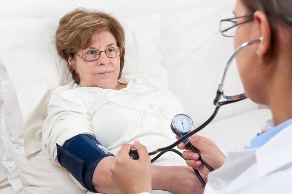 降低血压日常注意哪些方面呢?