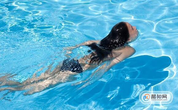 游泳对腰椎有好处吗,腰椎病患者游泳需要注意什么