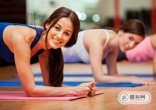 平板支撑怎么做减肚子效果好,平板支撑做多久能减肚子