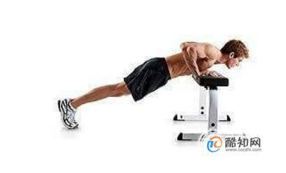 胸肌下沿怎么練,胸肌下沿鍛煉注意事項