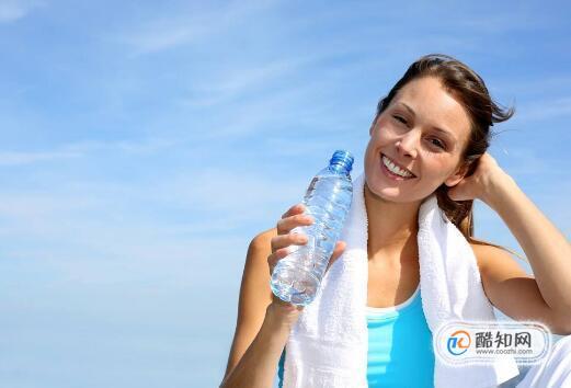 运动出汗需要补充什么,运动出汗补水要注意什么