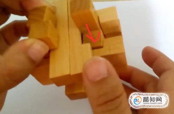 孔明锁12根拆拼方法