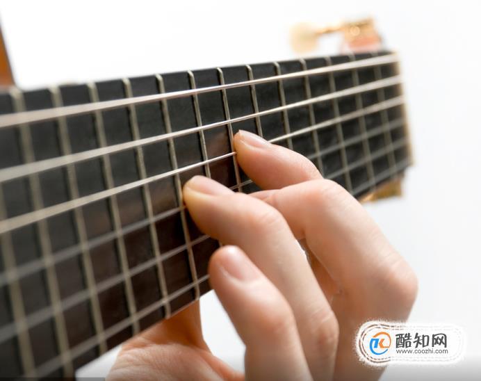 吉他左手如何按弦?