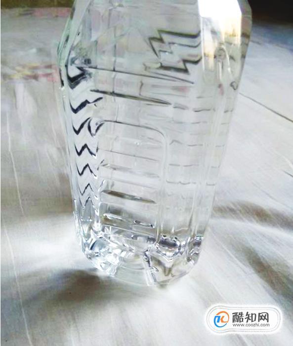 塑料瓶魚缸做法