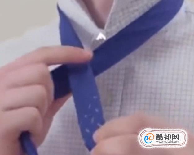 领带该怎么打