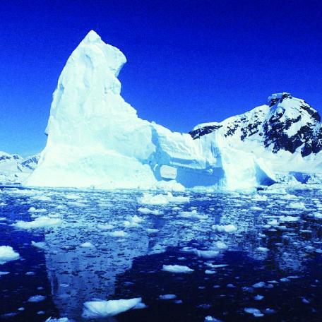 四月的冰河歇后语的下一句是什么?
