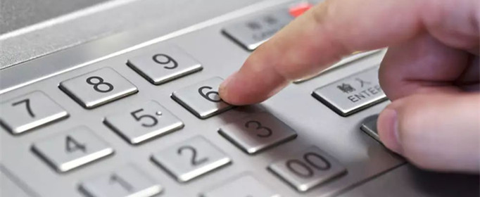 为什么一般ATM机上的键盘都是金属的?