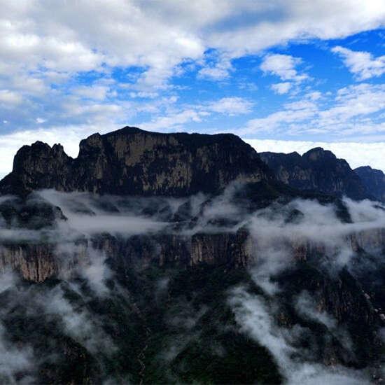 山東山西的山指的是什么山?