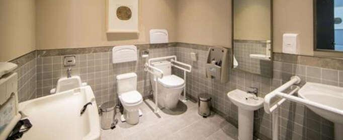 厕所堵了怎么办?
