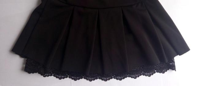 蕾丝包臀半身裙如何搭配?